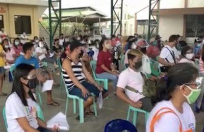 Pamamahagi ng ayuda sa dalawang barangay sa Hagonoy, nauwi sa aberya | Bulacan News